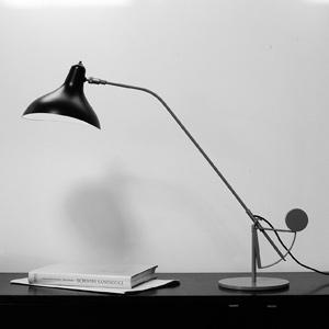 Bureaulamp Mantis, ontwerp Bernard Schottlander